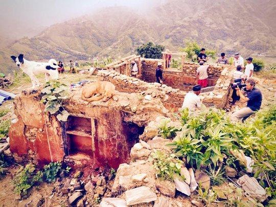 Randolph Langenbach building gabion walls, Mankhu