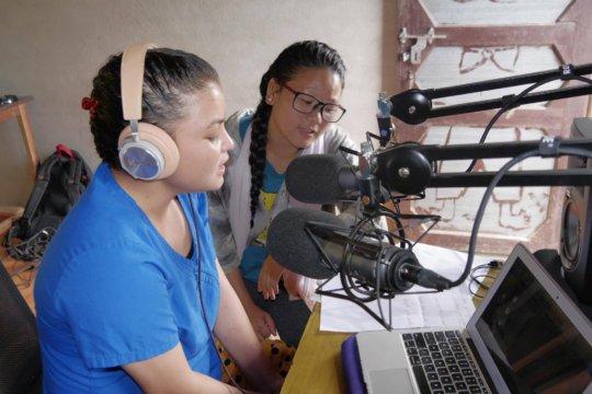 Her Farm women prepare for disaster radio station