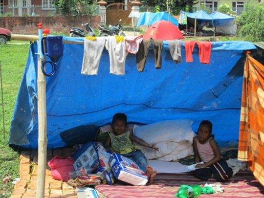 Children under temporary shelter