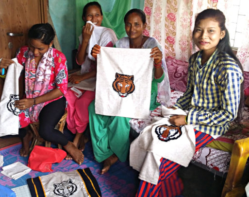 Making tiger bags in Bardiya