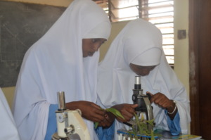 Beneficiaries in laboratory class studying
