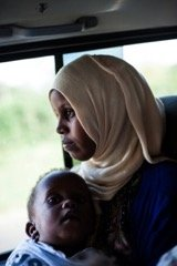Fartun and her daughter on their way to the GEP