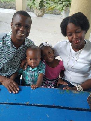 Edris and his family