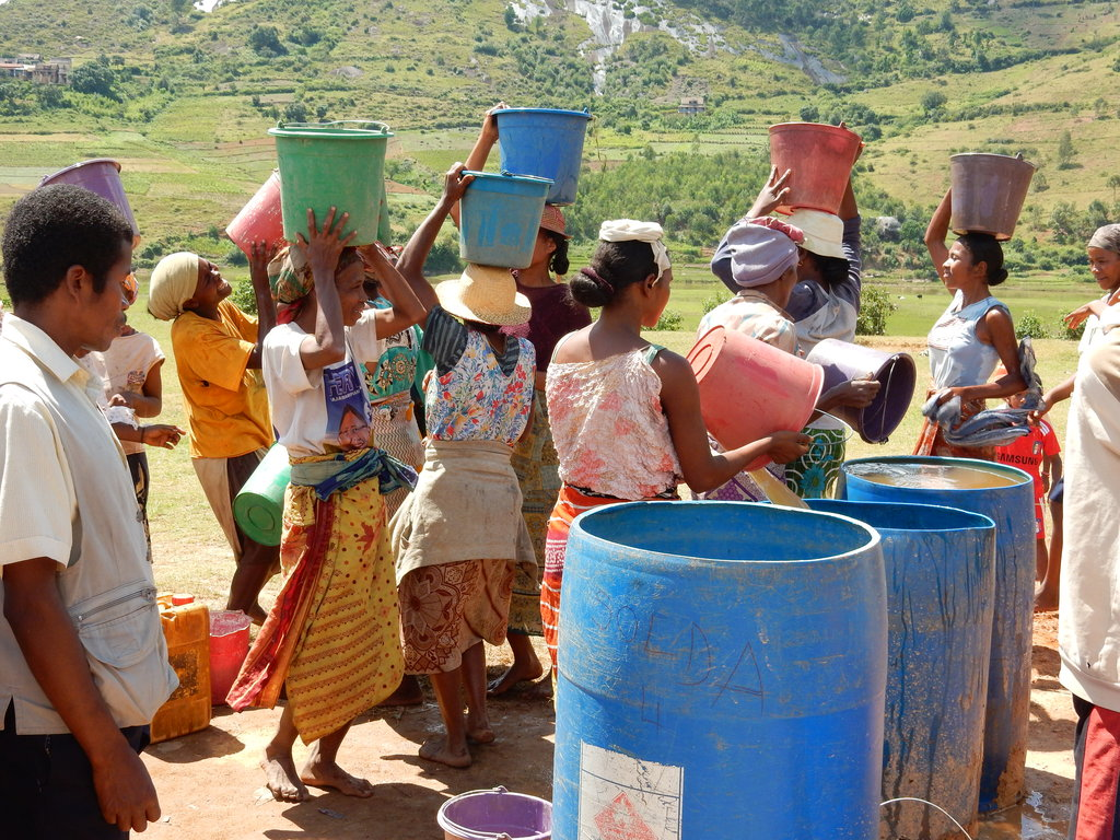 Bring clean water to 5 villages in Madagascar