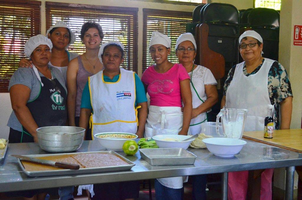 Equip 200 women in Managua with life & job skills