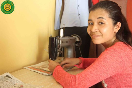 A new beginner sewing student