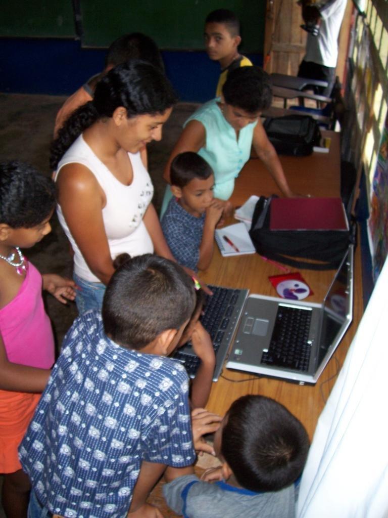 Solar energy for families in Santo Domingo, Panama