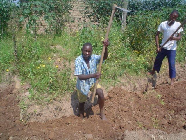 Free IT school for Rwandan orphans