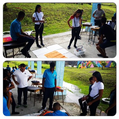 Fundacion Accion Joven sessions with 10th graders