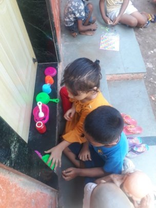 Ruksar and her friend play house-house and kitchen