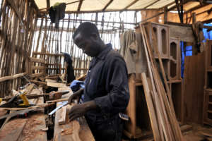 Young people trained in carpentry in Butembo