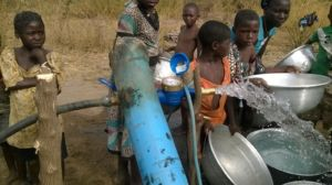 Collecting clean water from borehole testing