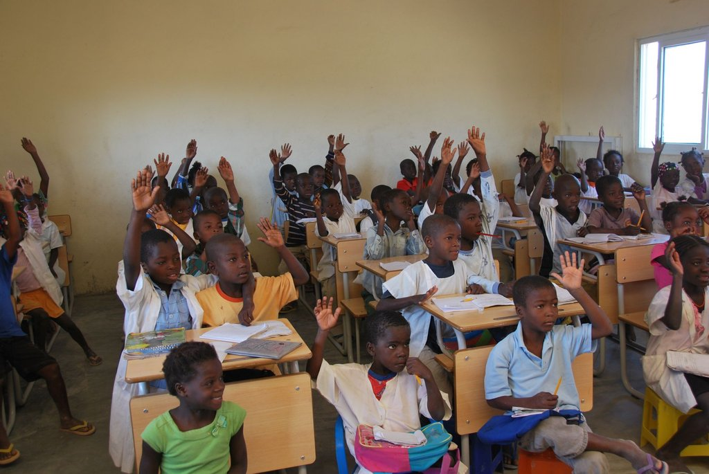 Give 60 kids in Angola the chance to go to school