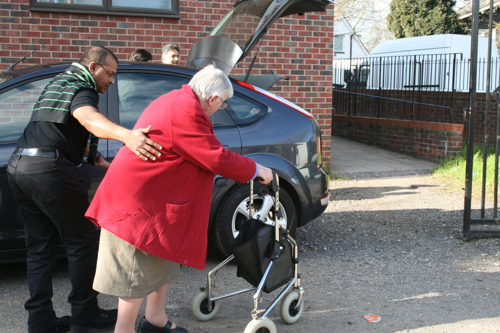 Help 500 elderly lonely people in Greater London