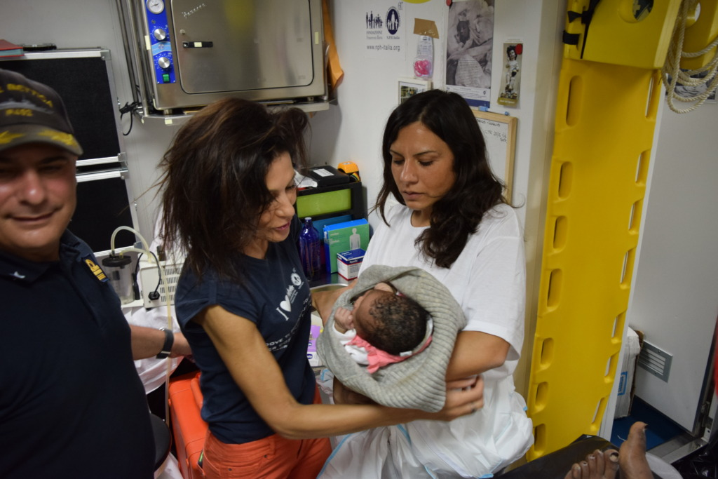 Baby Manuela midwife Manuela and Emma Bajardi