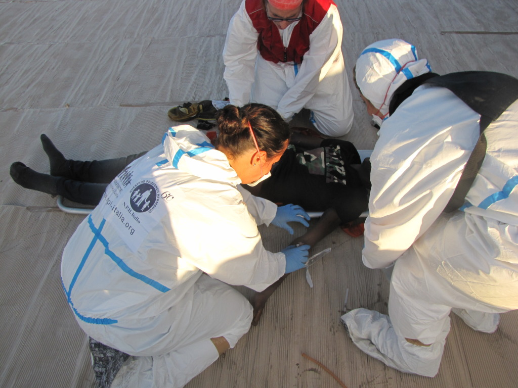 Providing first aid on Patroller Bettica