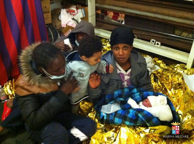 Save mothers and children in the Mediterranean Sea