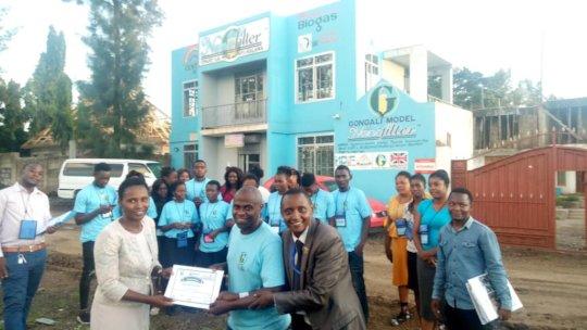 Zambian Entrepreneurs receiving certificates