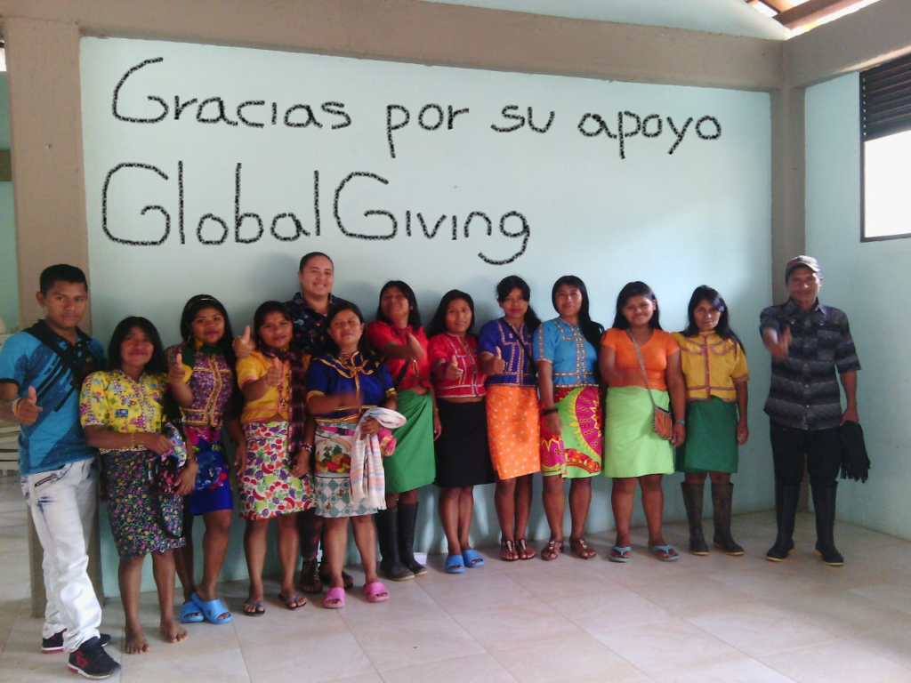 Help 25 Colombian Indigenous Women Grow Leadership