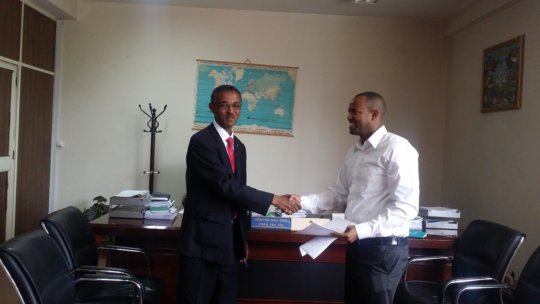 Splash and AAEB signing the MOU