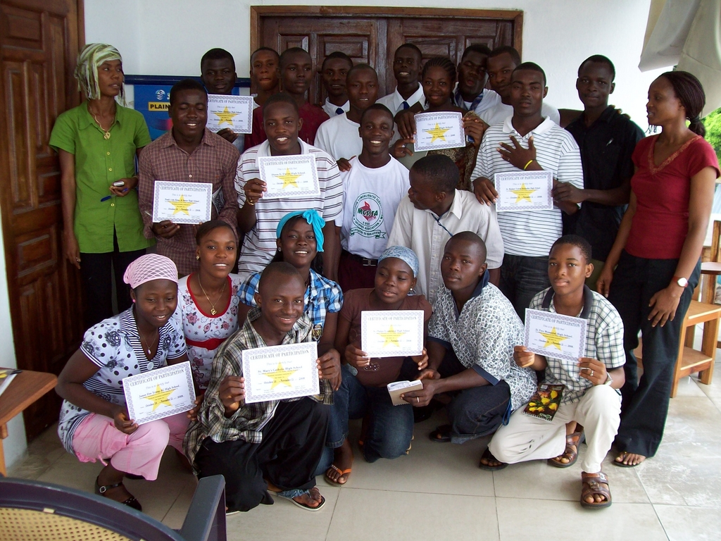 Students with certificates from the training
