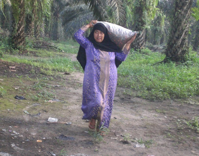 Indonesian Poor Women
