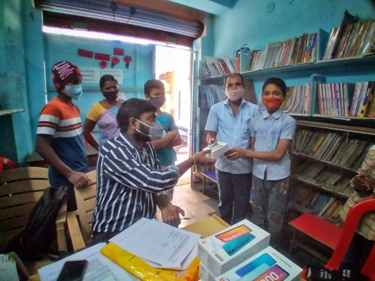 Distributing devices to students