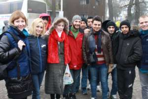 Divac mobile team with the refugees