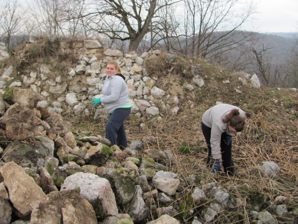Pile up more stones!