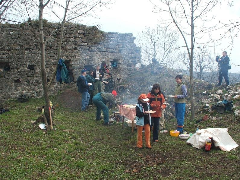 Szadvar castle project and youth camp, Hungary