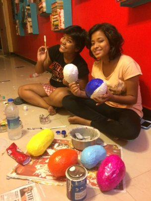 Pinky & I making sugar skulls in the new hall
