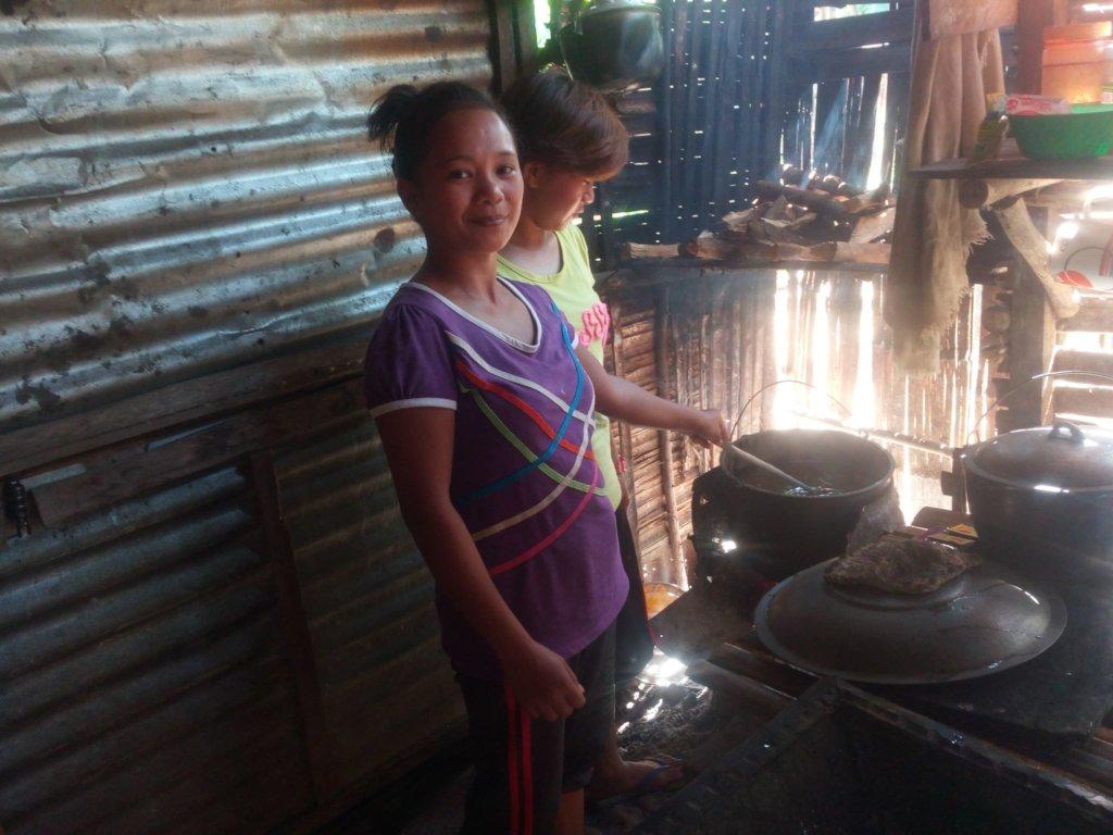Cooking rice porridge for kids