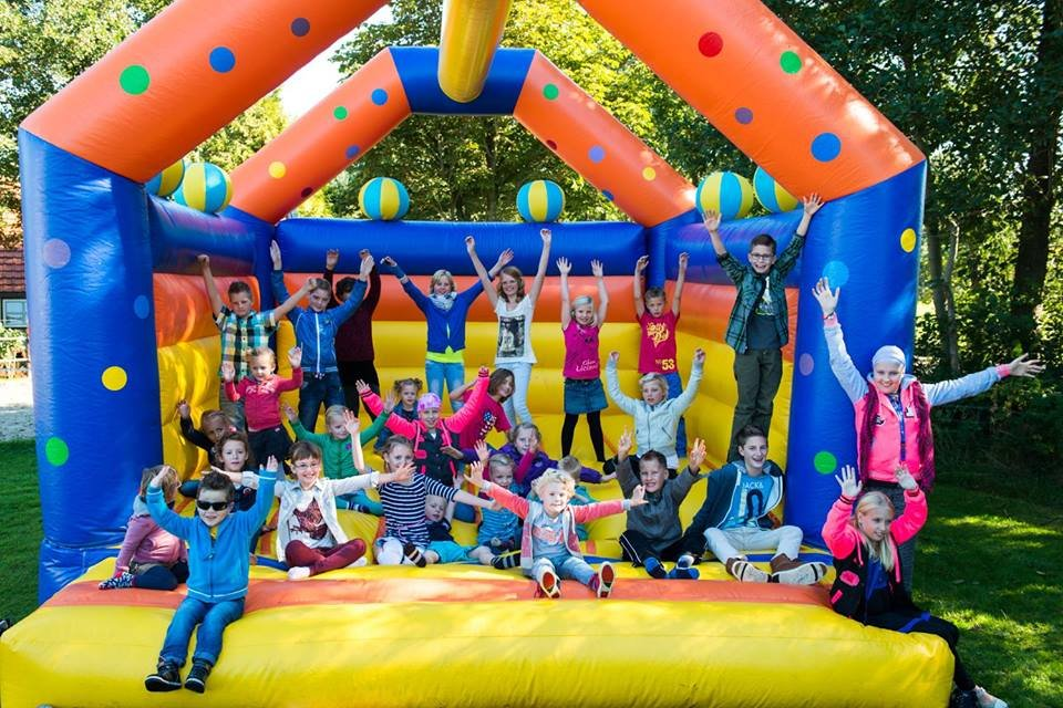 Yearly camps for 80 children with cancer age 6-18