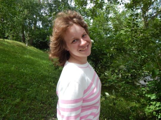Elena Kolechyonok - a sunny girl