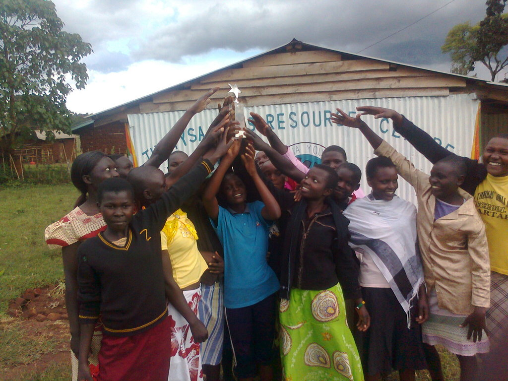 Jubilations as girls received award