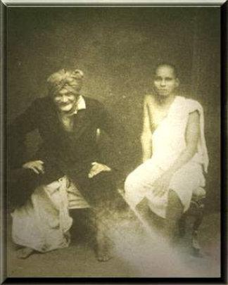 My Baba (Swami Muktananda) and Hari Giri Baba.