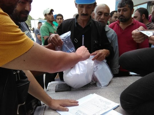 Distribution of hygiene kits in Thessaloniki
