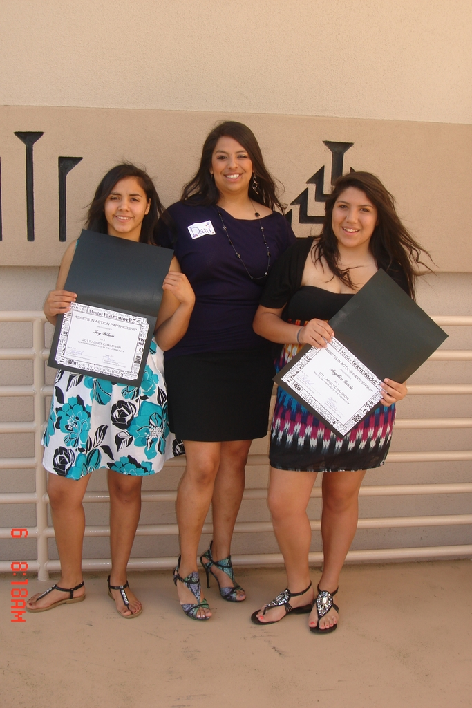 YWLP participants receive community award.