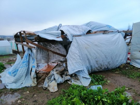 Temporary shelters struggling in the storms