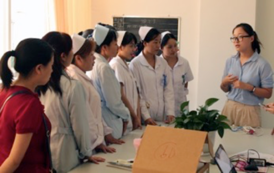 Fang Qi Guo trains rural doctors and nurses