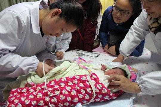 Village doctors practice pulse oximetry