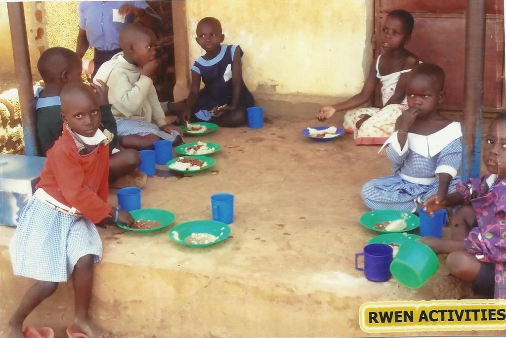 Day Care children at lunch