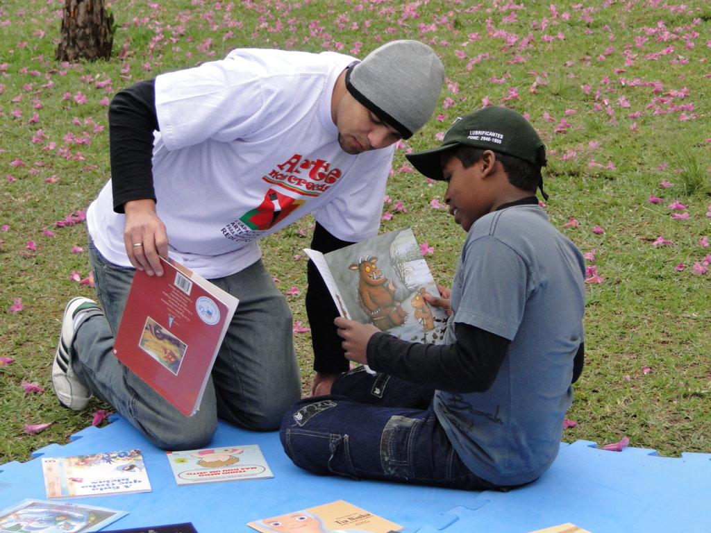 Affective sponsorship to sheltered children Brazil
