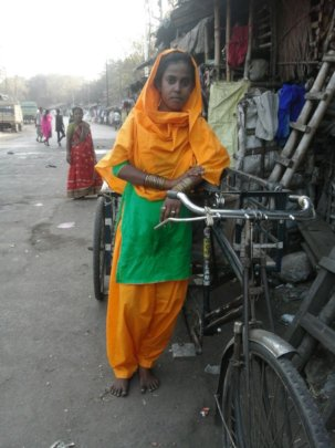 Hena and her cycle van