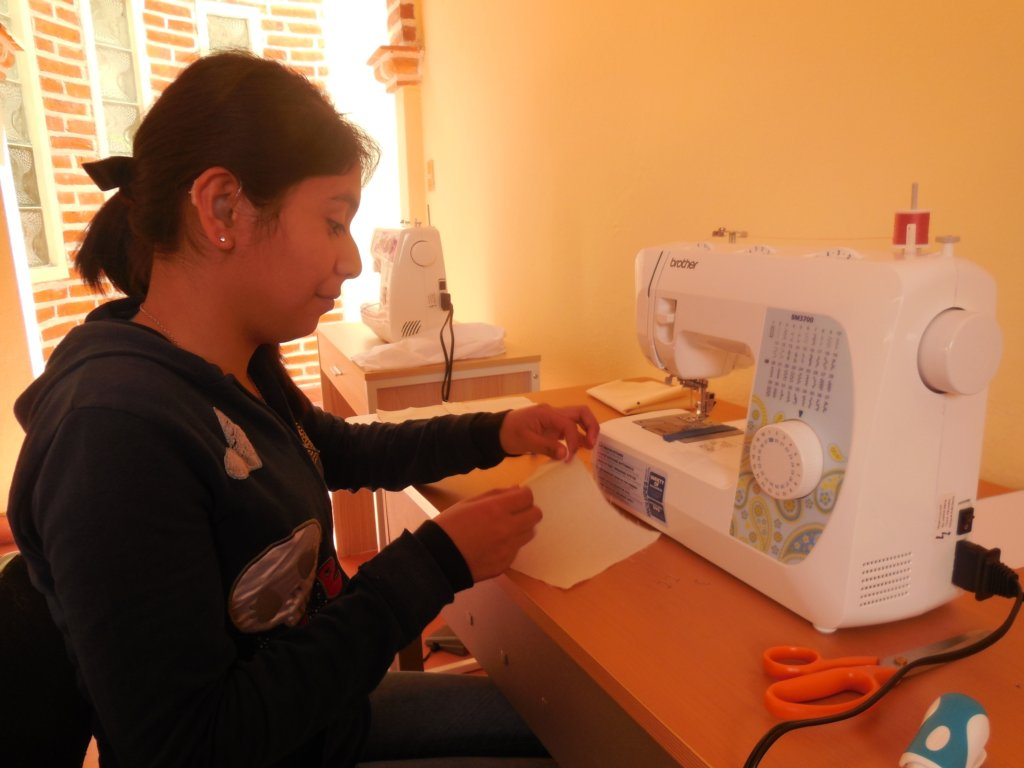 Empower Deaf Women to  Build a Business in Mexico