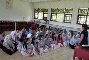Presentation in schools