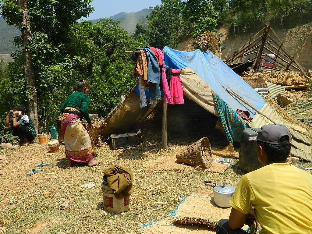 Shelter and water for earthquake victims in Nepal