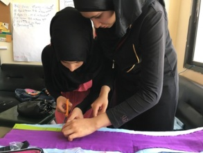 Making their own DfG liners in Bekaa Valley