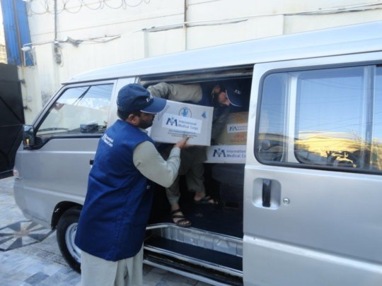 Mobilizing relief supplies in Pakistan