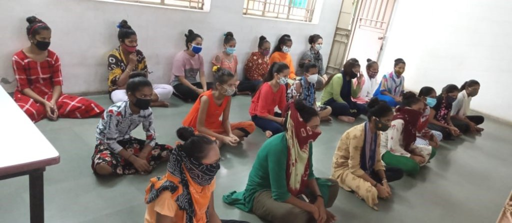 Training 130 women youth health leaders in Gujarat
